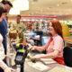 Czy w sklep może nałożyć minimalny limit kwotowy przy płatności kartą?