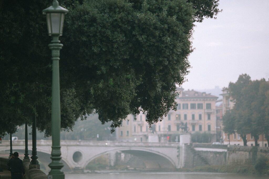rzeka w mieście